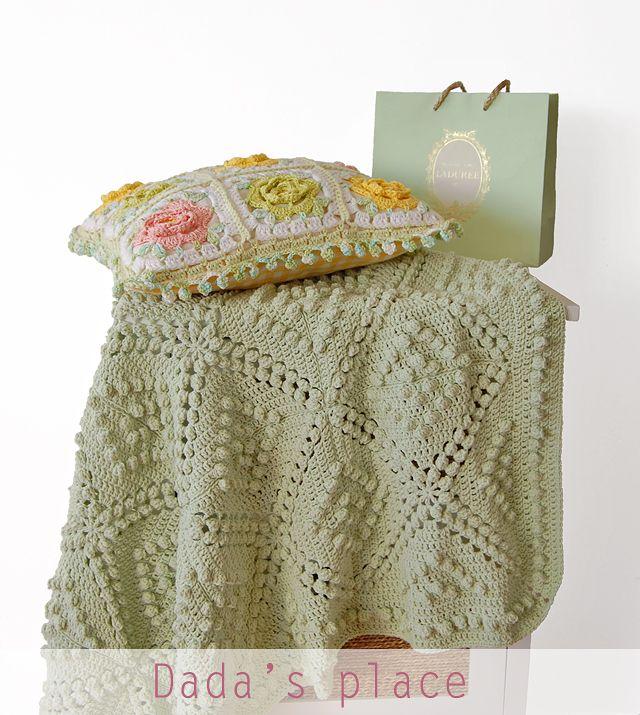 e0a6cbabc7bbd Vintage Style Crochet Blanket Pattern | Dada's place | Bloglovin'