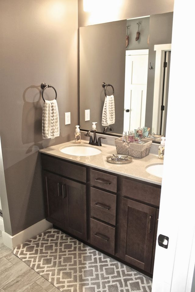 Mink And Dover White Wall Color By Sherwin Williams