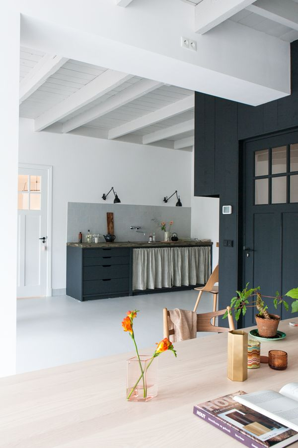 the fabulous studio of an interior designer my scandinavian home bloglovin. Black Bedroom Furniture Sets. Home Design Ideas