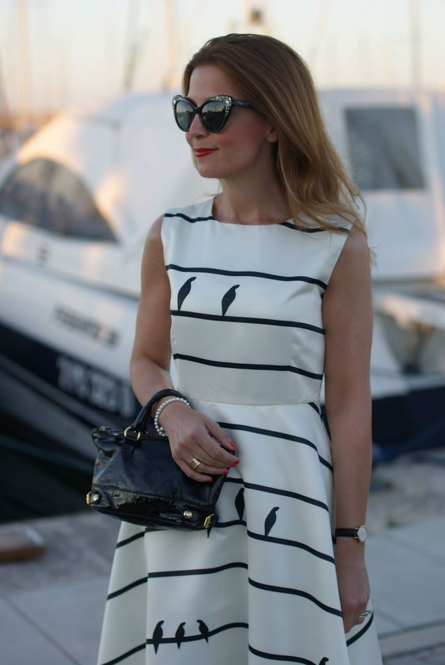 Chicwish sing a love song dress DSquared2 sunglasses found on Giarre.com  Daniel Wellington watch Le Solim mini bag