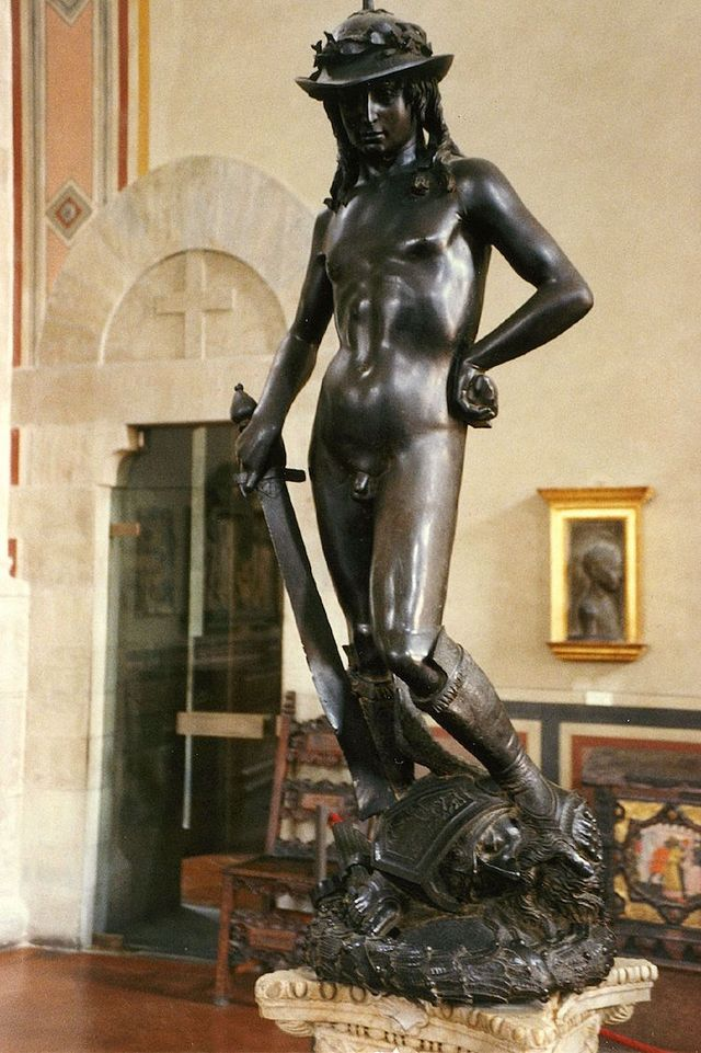 Art History The Meaning Behind Michelangelos Iconic David - Artist makes angel sculpture from more than 100000 confiscated weapons