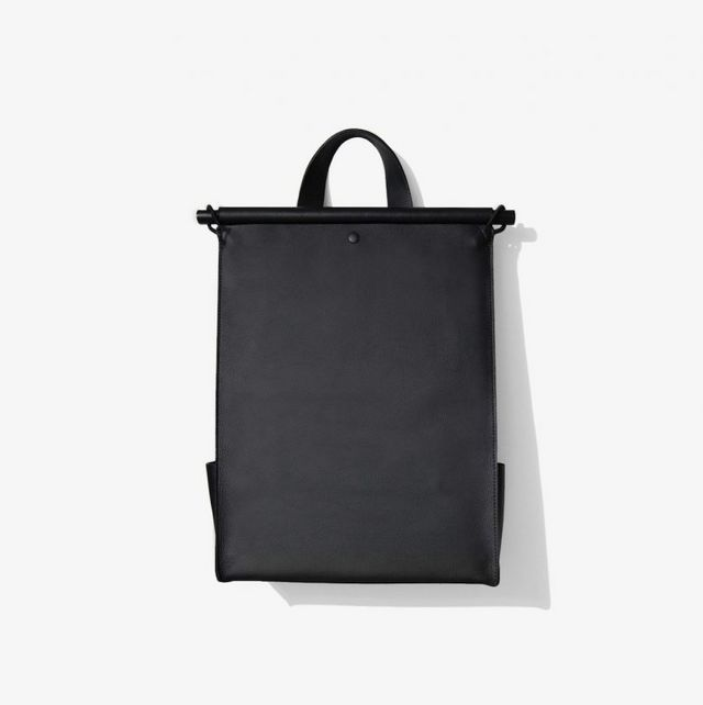 1d11c17bbe Sac à Dos is a minimalist multi-functional backpack created by New York and  Montreal-based studio The Atelier YUL:. The multifunctional unisex backpack  is ...