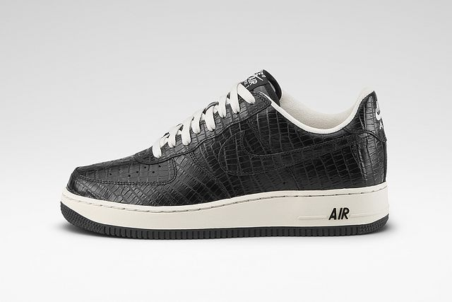 29dd17776bc0 Placing their own signature touch on one of the Swoosh s most iconic shoes