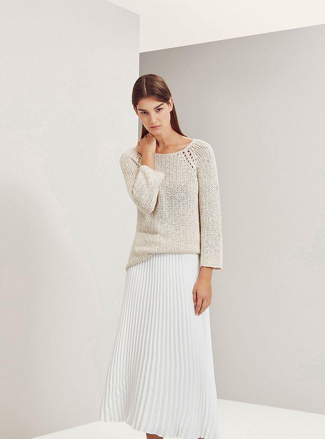 Trend alert  las 11 faldas plisadas que querrás en tu armario esta ... b679d31765f