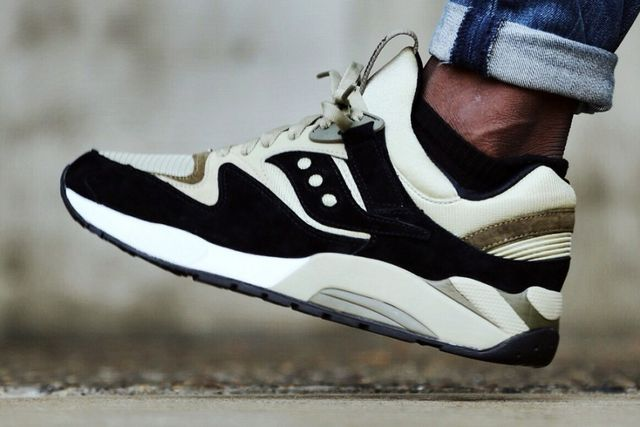 Saucony has come out with a set of new colorways for its classic GRID 9000  model dubbed the
