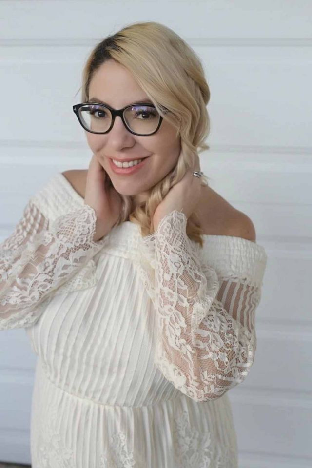 99efe27eb9b They have a ton of glasses that you d be happy to wear all day everyday!  I m going to show you how I picked these stylish glasses.