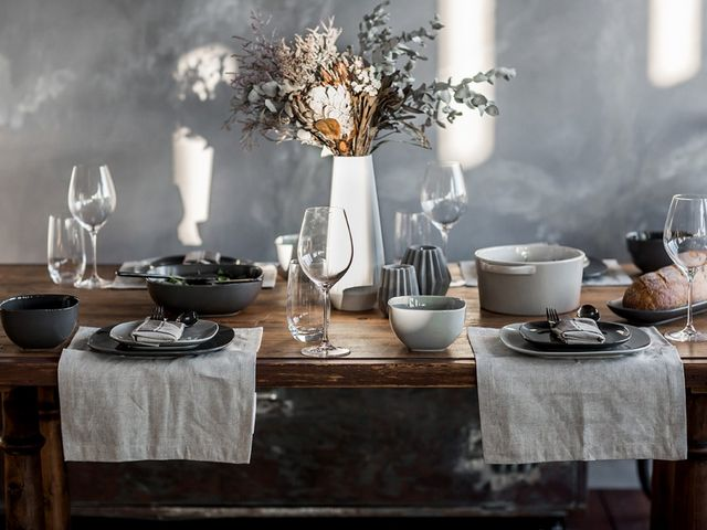 5 Steps for styling a winter table setting that \'wow\'s\' | Blog and ...