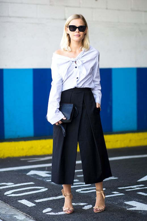 843b6bd7ca1 Street Style  2 Trends Come Together For A Cool Summer Look. Pin