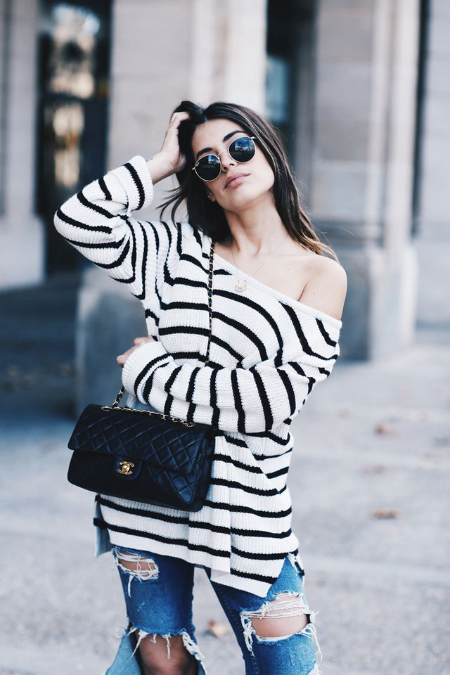 93e8975a58bb Sweater  Pull Bear Man   Jeans  Zara   Bag  Chanel via Hedy (here)    Sunglasses  Rayban   Necklace  Maria Pascual   Shoes  Chanel Photography   Javi Oller