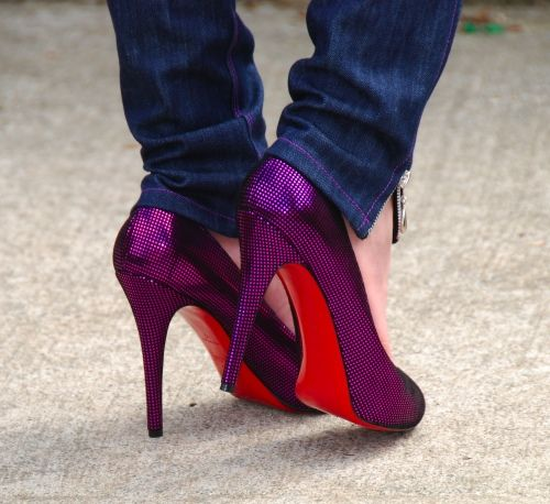125699437f88 A lot of you ladies have come to me over the past couple of years for Christian  Louboutin advice. A post I did back in 2010 (click here to see post) about  ...