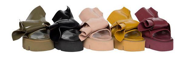 9bea5b014c ... non come accessori ma come protagonisti dei look. Il prezzo dei sandali  Knot Kartell N°21 non è ancora noto, la collezione sarà presto presto in  vendita ...