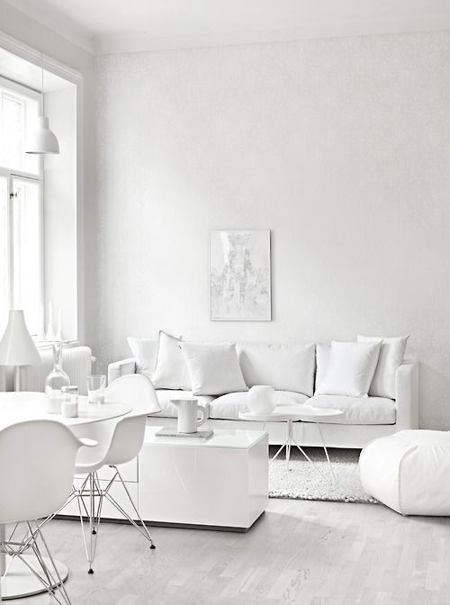 7 all white spaces you will lust for daily dream decor - Parquet color roble ...