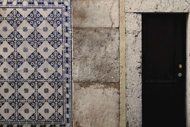 Everett And Blue Vibrant Hand Painted Portuguese Tiles Via The Uk Remodelista Sourcebook For The Considered Home Bloglovin