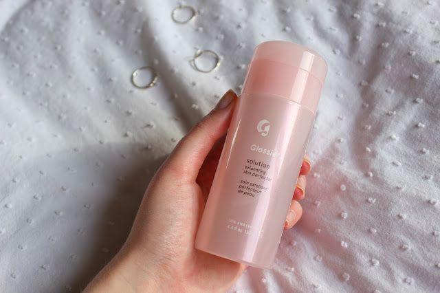 b45593742dec Glossier Solution Exfoliating Skin Perfector
