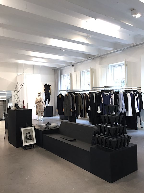 A new store in town menage a trois amsterdam vosgesparis menage a trois is a new fashion initiative in amsterdam by annemarie kramer bridgitte kleyn and vanessa tersteeg and can be found within the droog design solutioingenieria Image collections