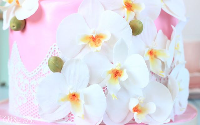 traumhaft sch ne zweist ckige orchideen torte teil 2. Black Bedroom Furniture Sets. Home Design Ideas