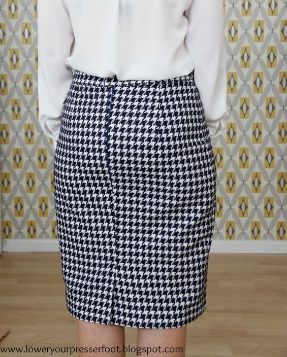 Perfecting my pencil skirt: Burda 12/2013 #118 | lower your ...