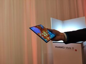 Discussion] What's the better foldable: Samsung Galaxy Fold or