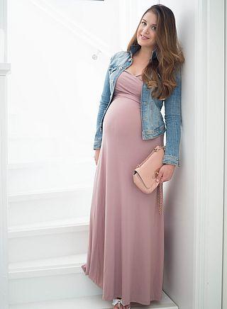 Artikkeli Farkkutakissa   Vihoviimeinen raskausasu julkaistiin ensimmäisen  kerran Xenia s day. 327a676a80