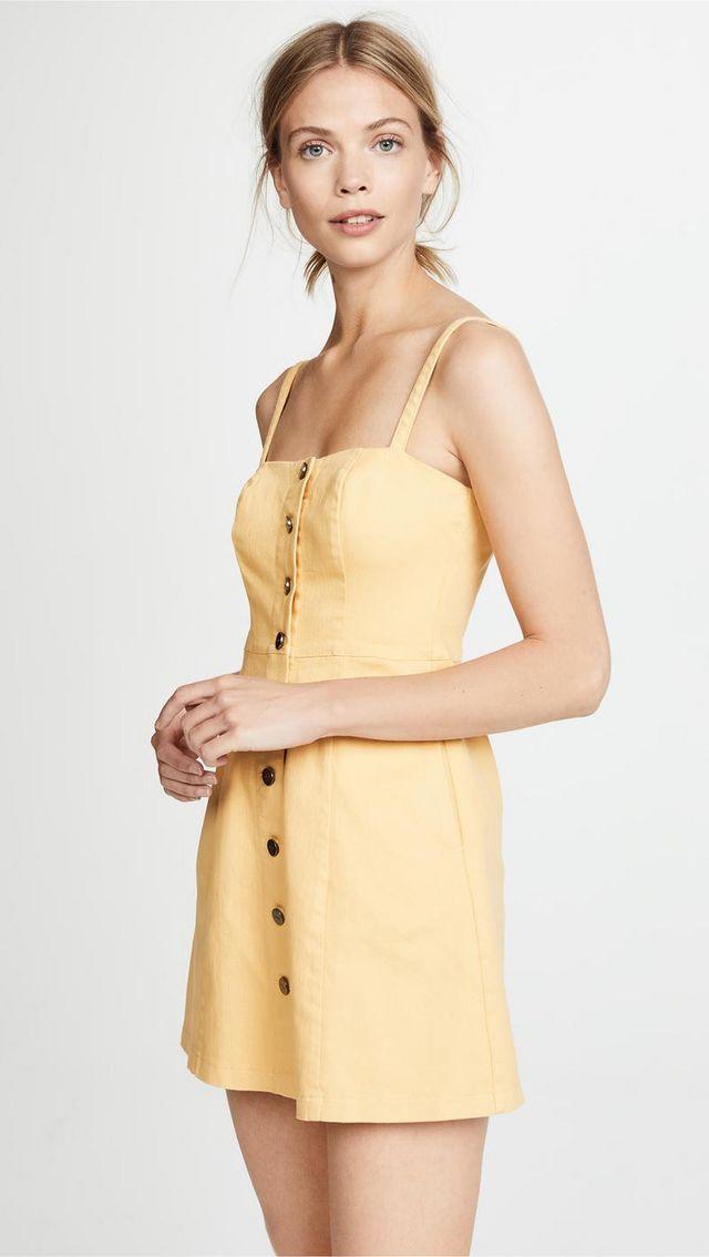 ca80cec451bb Emily Ratajkowski Made Paris Hilton's $22 Dress Look Like a Million ...