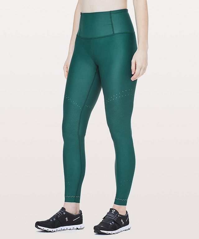 2749c23d1b339 Cute Gym Clothes to Help You Out of Your Workout Rut | The Fashion ...