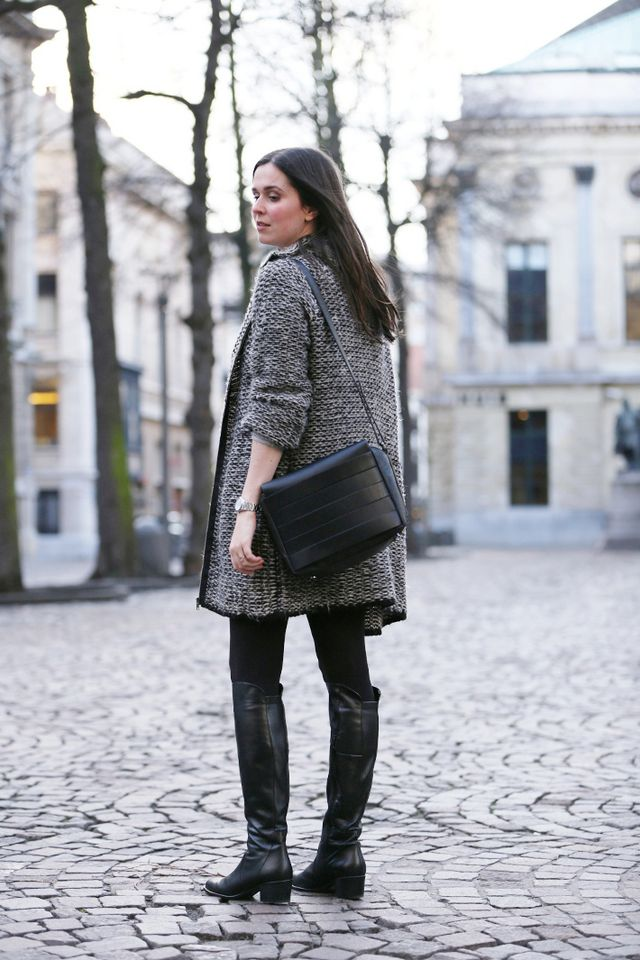 119adb098e4 Over the knee boots and grey sweaterdress