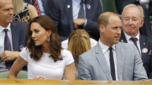 e2a9f5c397d Kate Middleton se apuinta a los vestidos de flores en la final de ...