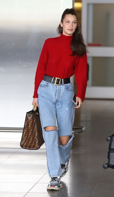 best sneakers a4cfe 86065 Celebrities como Chiara Ferragni, Bella Hadid o Gala González, ya tiene el  cinturón de moda, y seguro que pronto las vemos luciendo el personalizado.
