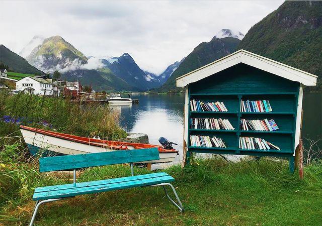 ab69afa62e37 Existe un pueblo con más libros que habitantes  se llama Mundal ...