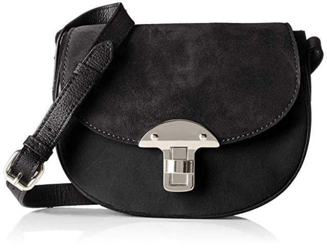 7813e9bbc4 Per la sera una black bag intramontabile è sicuramente la clutch, ma per  una sera informale è glam anche la borsa mini a spalla o a tracolla, ...