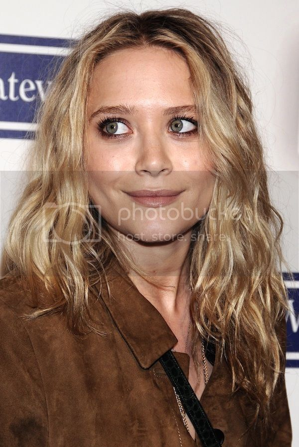 Simple Beauty And Hair Inspiration From Mary Kate Olsen