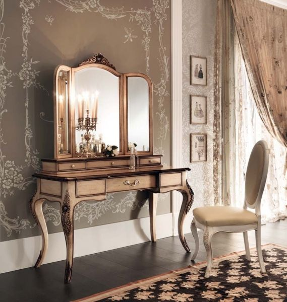 Are you looking for Italian bedroom furniture? Choose famous luxury brands