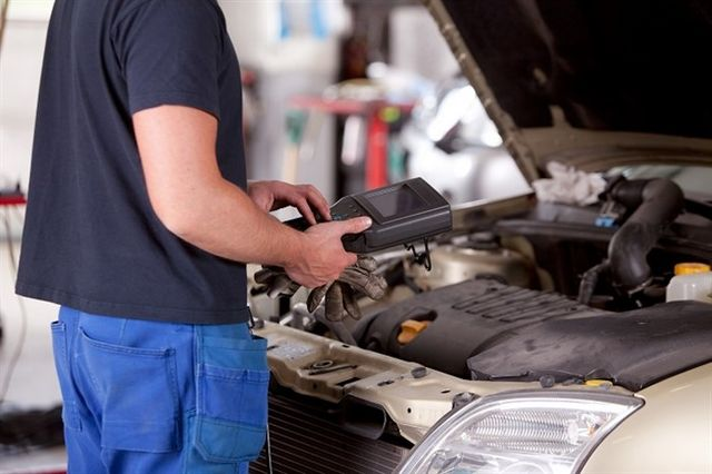 4 problems that indicate that your BMW needs a Tune-Up